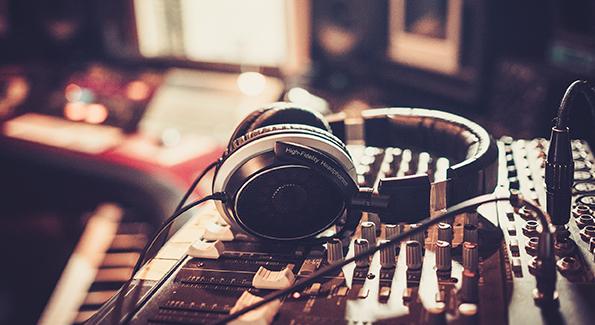 音楽制作事業